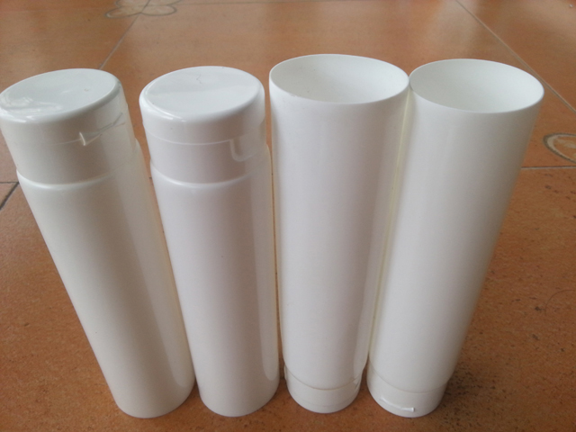 ruben tubes samples for filling sealing machines.jpg